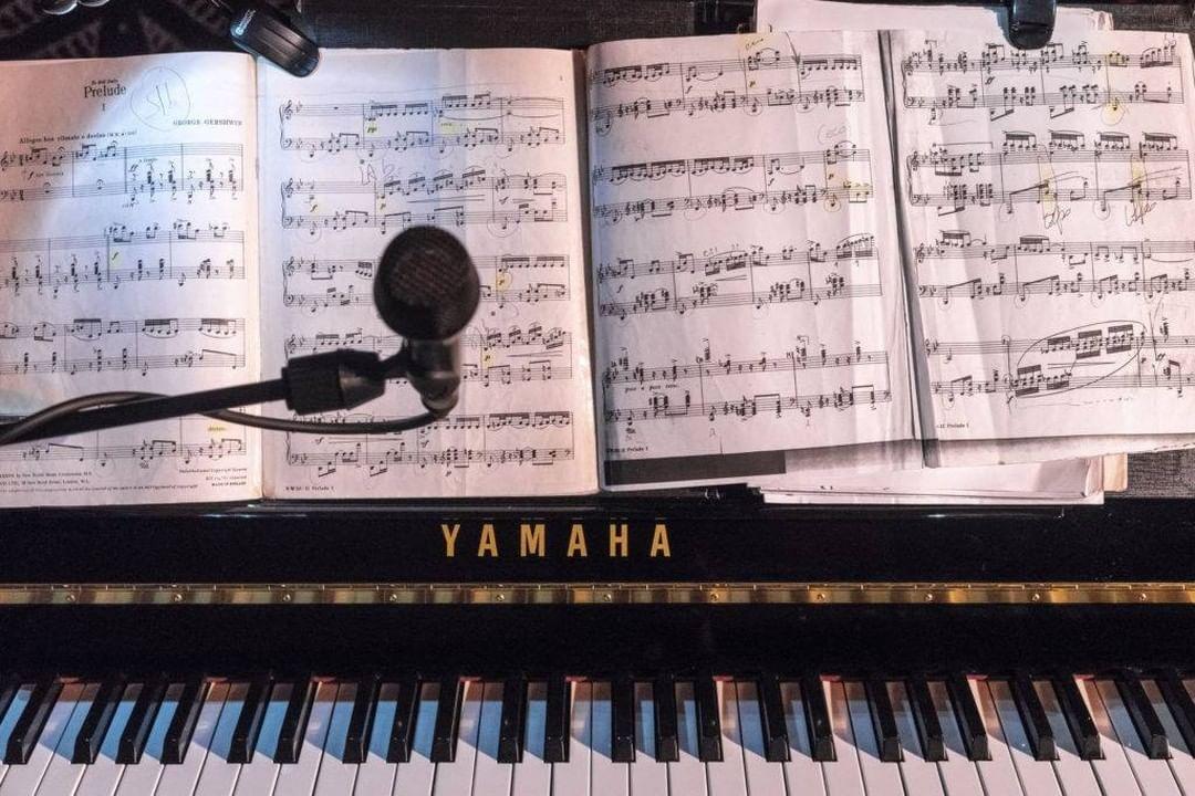Piano & Sheet Music
